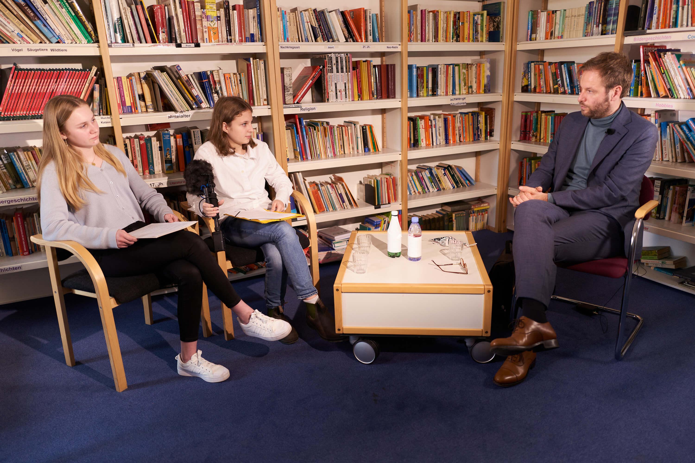 Senator Tjarks im Interview mit der KlosterPost